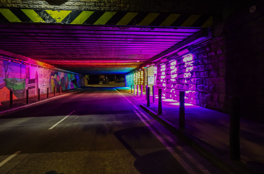 Eerste installatie van Anolis Eminere UK bij Mirfield Underpass