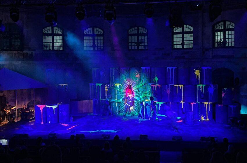 Het Duitse Stadttheater Ingolstadt verlicht buitenlocaties met Elation Proteus