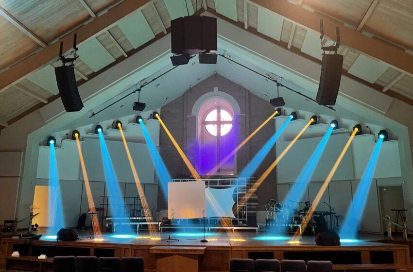 Elation-verlichtingsupgrade voor Living Word Church